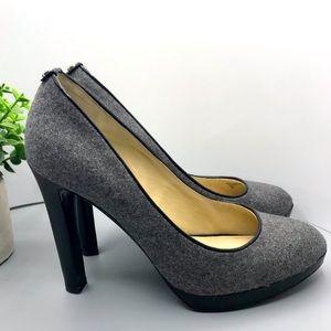 Michael Kors Pump gray textile leather sole size 9